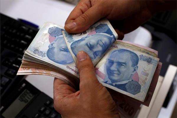 توقعات الليرة التركية